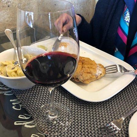 Rayuela Wine & Grill at Vina Viu Manent: photo1.jpg