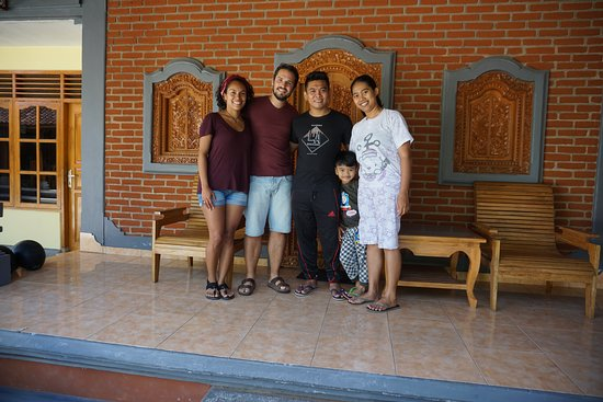 Gobleg, Indonesien: With Gede and his lovely family