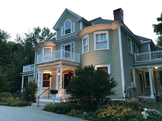 This is 76 Pleasant Street Restaurant, Norway, Maine.