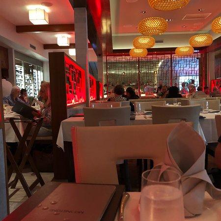 Great Neck, NY: Moonstone Modern Asian Cuisine & Bar