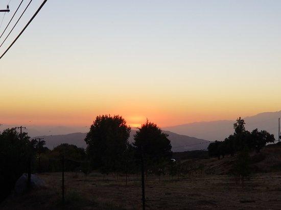 Oak Glen, CA: 20180915_185844(0)_large.jpg