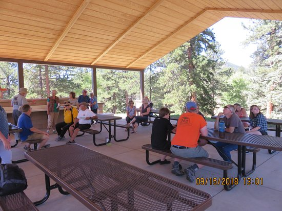 Pine, CO: Plenty of tables and great protection from the sun or inclement weather.