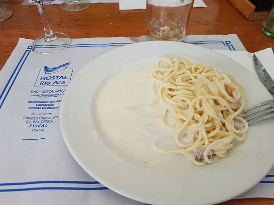 Fiscal, Spania: Plato de espaguetis a la carbonara ANTES de empezar a comer... Con lo barata que es la pasta...