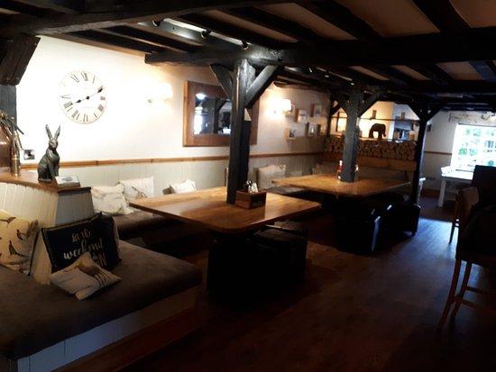 Marston Montgomery, UK: main bar