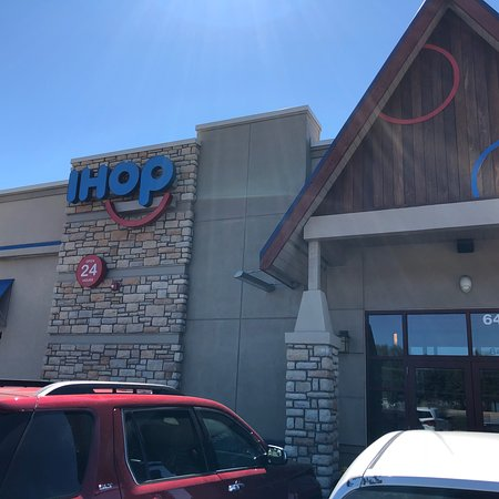 Fountain, CO: Exterior and Interior of iHop.