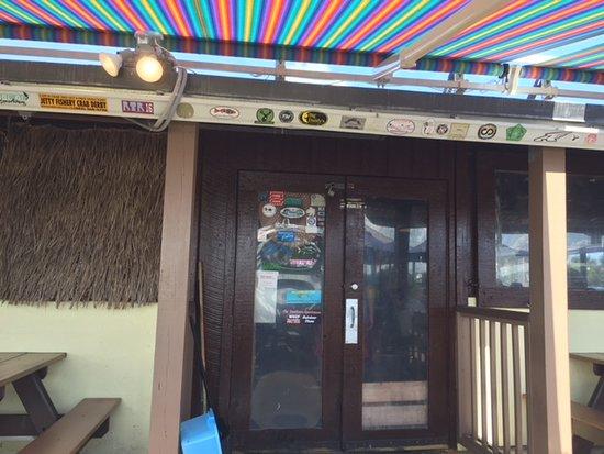 J.B.'s Fish Camp & Restaurant: Canopy helps provide shade.