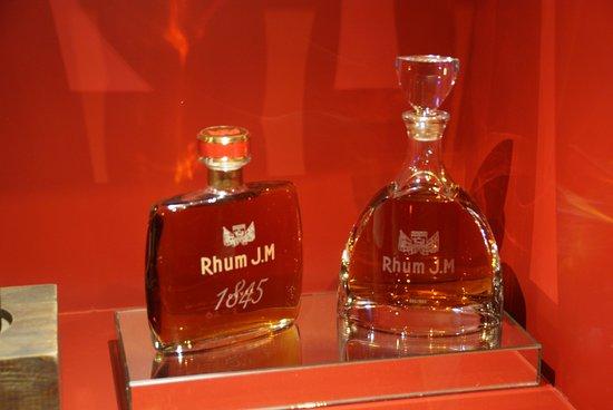 Distillerie J M : Flacons star pour des rhums de très grande qualité
