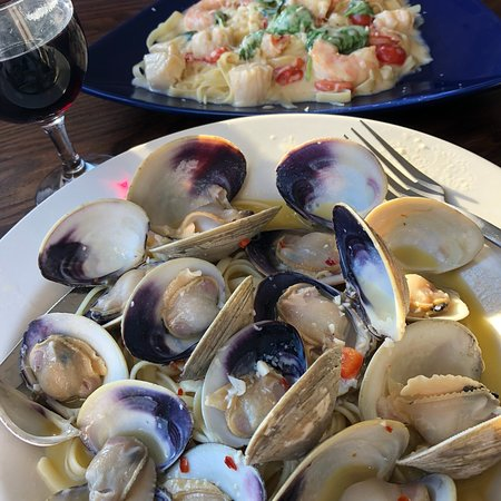 Swan River Restaurant & Fish Market: photo0.jpg