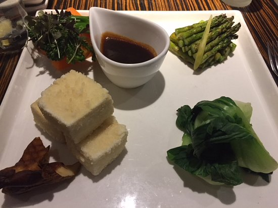 Center Valley, PA: Crispy Tofu and Vegetables
