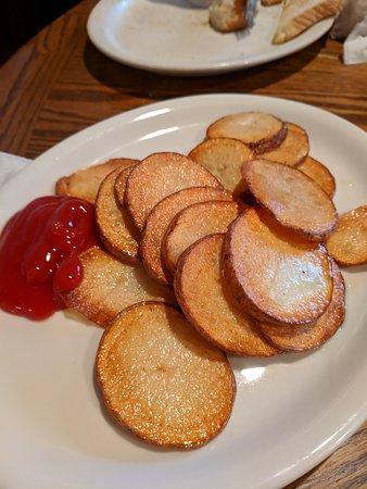 Fountain Run, KY: Side order of breakfast potatoes