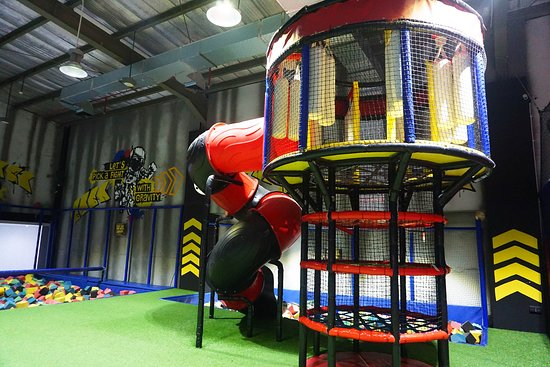 AMPED Trampoline Park Bandung