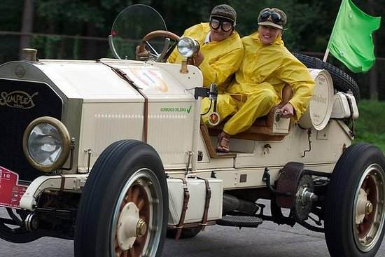 Classic Car Museum Tour