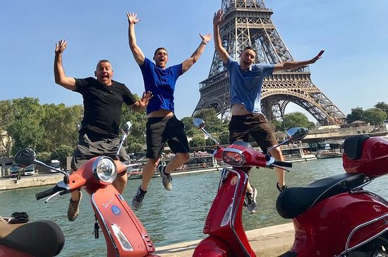3.5-Hour Private Paris Guided Vespa...