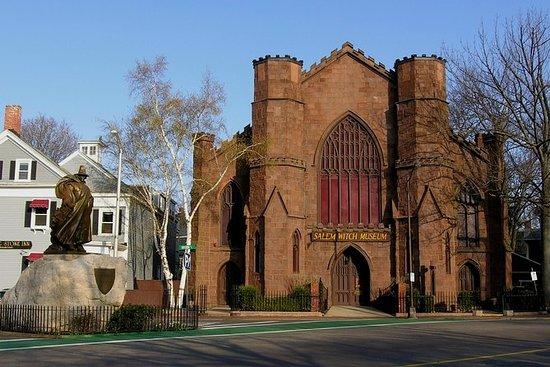 Eintritt für das Salem Witch Museum...