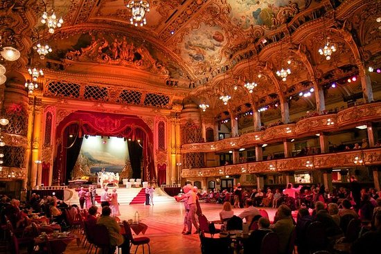 Der Blackpool Tower Ballsaal ...