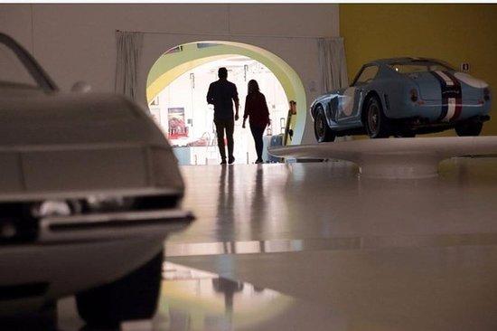 Entrada para la Casa Museo de Enzo...
