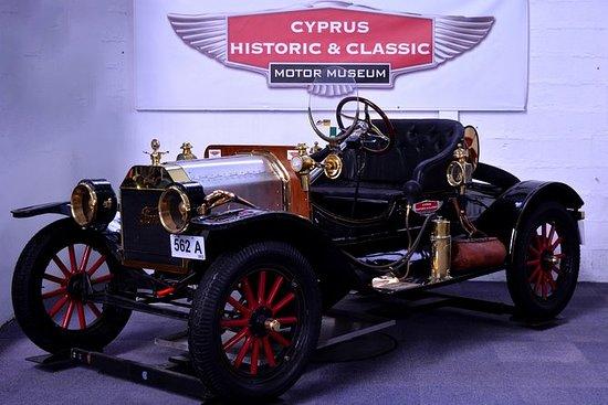 Historisch en klassiek motormuseum ...