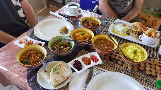 Van Reenen, Südafrika: Vegan Curry feast specially prepared for us by the owner Shamane