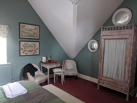 Hambleden, UK: Beautiful rooms and stunning location