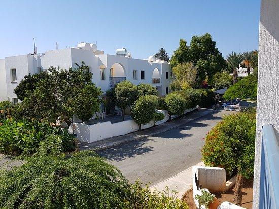 Paphos Gardens Holiday Resort: 20180911_103758_large.jpg