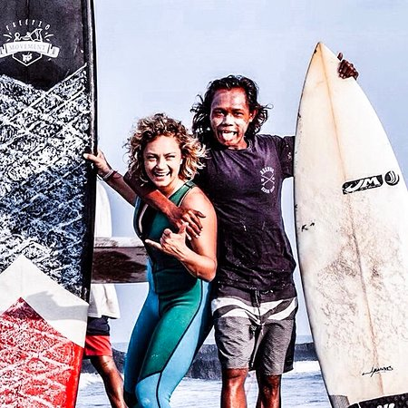 Canggu, Indonesia: happy face before heading in to the water