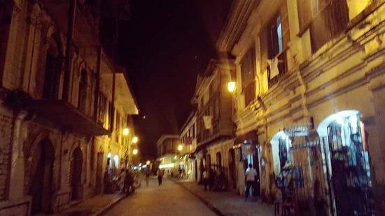 Calle Crisologo: FB_IMG_1537170319013_large.jpg
