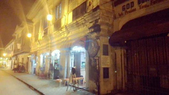 Calle Crisologo: FB_IMG_1537170315729_large.jpg