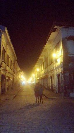 Calle Crisologo: FB_IMG_1537170269091_large.jpg