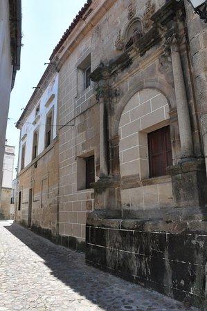 Alcantara, Spain: Street view.