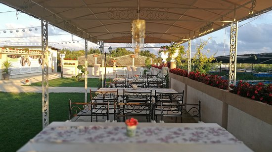 Balgarevo, Bulgarije: The view of the terrace.