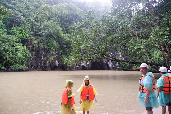 Puerto Princesa Underground River: 2018_0915_12292400_large.jpg