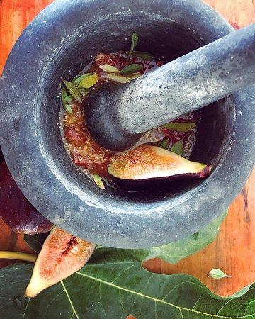 Orihuela Costa, Испания: Fig Nam Jim. A new approach to some traditional sauces