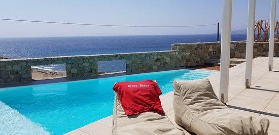 Agios Stefanos Beach: Saint Stefan