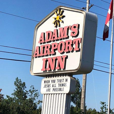 Adam's Airport Inn: photo0.jpg