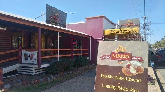 Inglewood, Australia: Albert Street Bakery