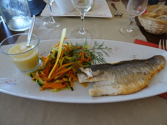 Saint-Michel-Chef-Chef, France: poisson