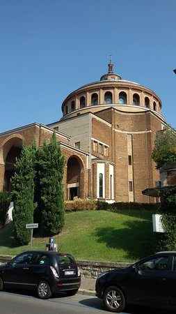 Duomo di San Vitale Photo