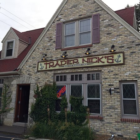 Cudahy, WI: Trader Nick's South Shore Inn