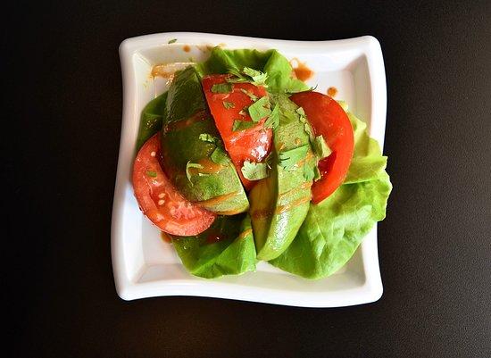 Montrose, NY: Avaocado & Heirloom Tomato Salad