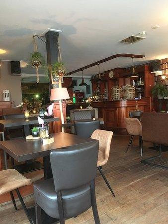 Grand Cafe De Gracht: Het interieur