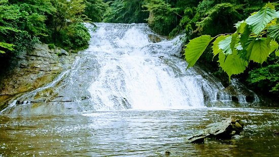 Awamatanotaki Waterfall