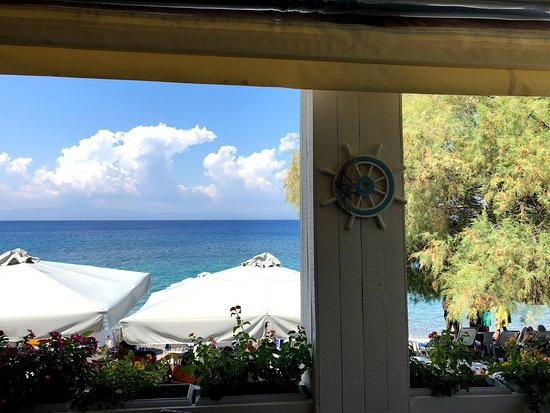 Kitries, Grecia: View from the table (inside)