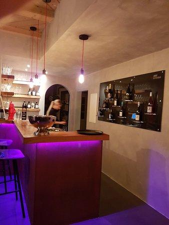 Lauda-Koenigshofen, Germany: JOSEF - Die Weinbar