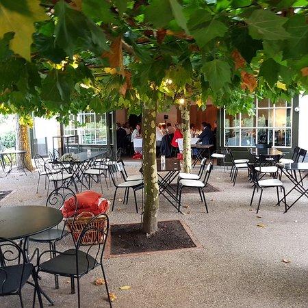 Afsnee, Bélgica: Food - Drinks - Pleasure