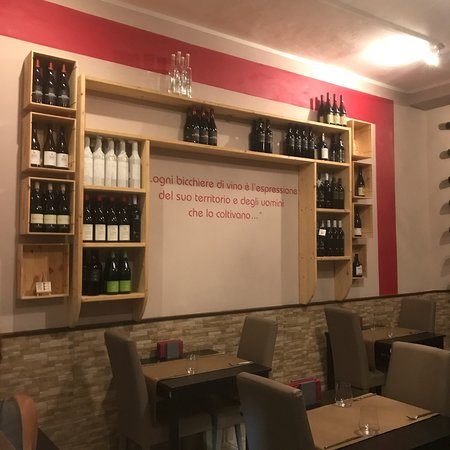 Sciuri e Fava Winebar e Cucina: photo2.jpg