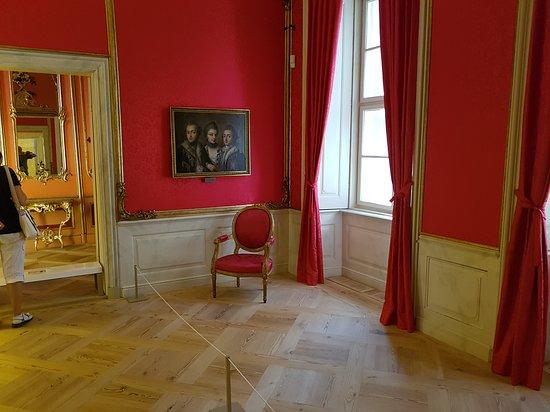 Schloss Mirow: Eines der schön restaurierten Zimmer