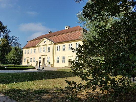 Mirow, Alemanha: Ein Teil des Schlosses