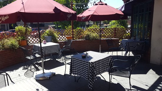 Mimi S Cafe Patio Seating Area