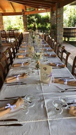 Castelnuovo Cilento, Italia: tavolata banchetto