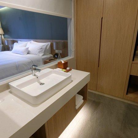 Nice clean hotel to just sleep
